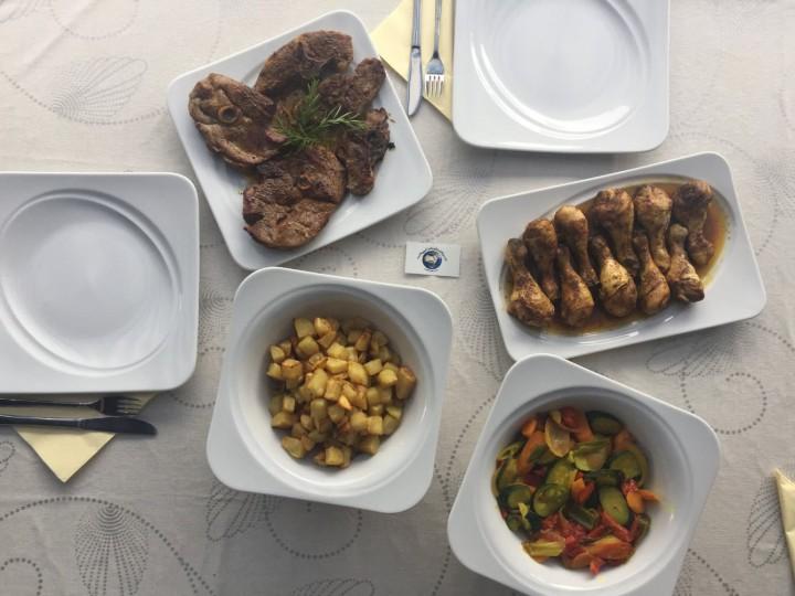 Tisch_1